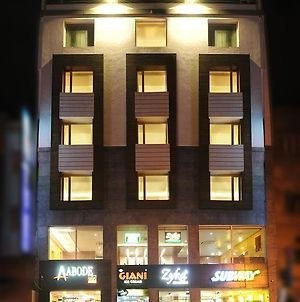 Abode Una Xpress Hotel photos Exterior