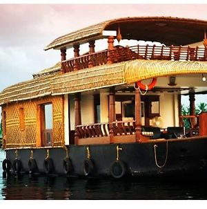 Why Not Houseboat photos Exterior