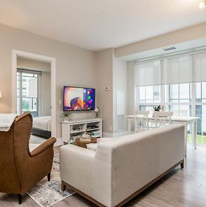 Breathtaking 3-Bedroom In The Heart Of Downtown photos Exterior