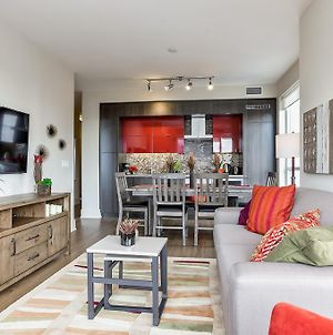Gorgeous 2 Bedroom In The Heart Of Downtown photos Exterior