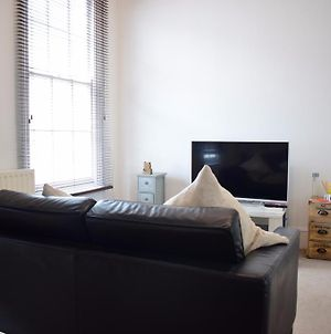 Lovely 2-Bed Apartment In Pimlico photos Exterior