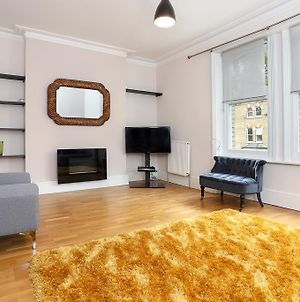 A Bright &Spacious 2 Bed Apt In West Kensington photos Exterior