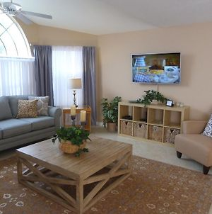 Kissimmee! Close To All Theme Parks! 4 Bedroom New Home, Sleeps 10! Spectacular! Low $'S! photos Exterior