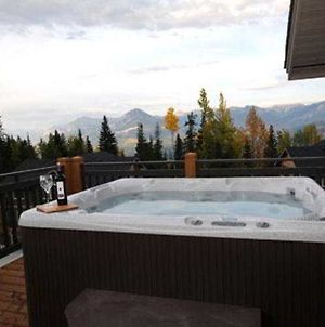 Aspens At Kicking Horse Mountain Resort photos Exterior