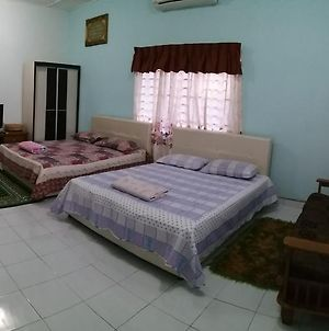 Dhia Irdina Homestay photos Exterior