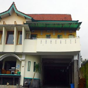Nida Rooms Boyong Hargo Binangun photos Exterior