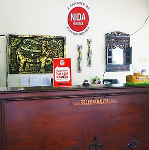 Nida Rooms 9 Kraton Tugu Railway Station photos Exterior