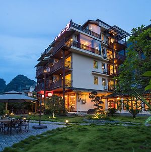 Yulong Riverside Boutique Hotel photos Exterior
