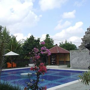 Puri Rasa Villas And Resort photos Exterior