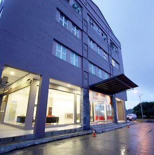 Place2Stay Business Hotel @ Waterfront photos Exterior