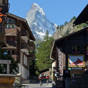 The Matterhorn Hostel Zermatt photos Exterior