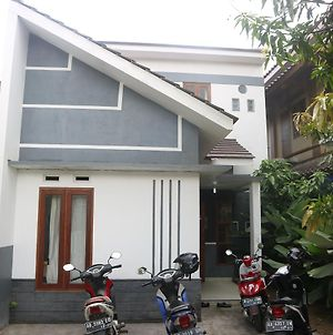 Rajawali Guesthouse photos Exterior