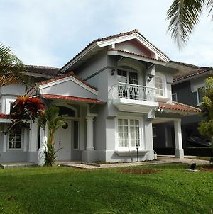 Refurbished Carita Villa photos Exterior