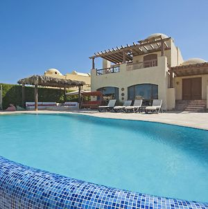 Beachfront El Gouna Villa With Pool Sabina Y144 photos Exterior