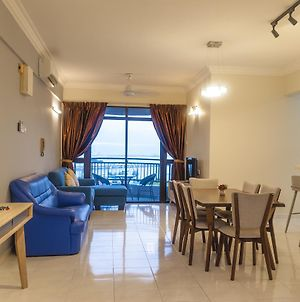 Panoramic 180 Cozy Suite At Penang Island By D Imperio Homestay photos Exterior