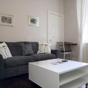 2 Bedroom Apartment With Free Parking photos Exterior