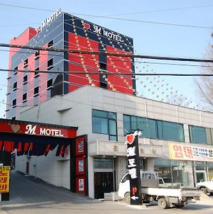 M Motel Gimpo photos Exterior