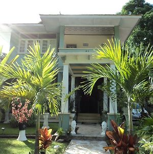 Samise Villa Bed And Breakfast photos Exterior