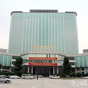 Lung Chuen International photos Exterior