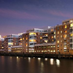 Luxy Suites Harborside photos Exterior
