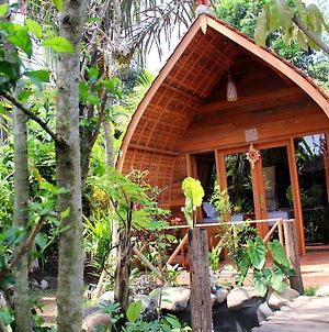 Ryanbagus Guest House photos Exterior