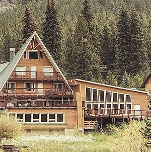 Lodge By The Blue Grande Suite Apartment photos Exterior
