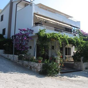 Apartments With A Parking Space Seget Vranjica, Trogir - 11273 photos Exterior