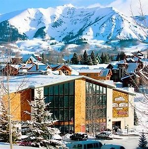 Three Seasons Hotel Suites By Crested Butte Lodging photos Exterior