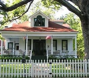 White Oak Manor Bed And Breakfast (Adults Only) photos Exterior