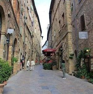 Hotel Volterra In photos Exterior