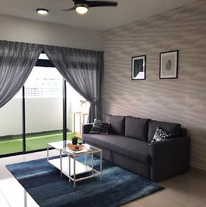 Cozy Condo At The Meridin Medini photos Exterior