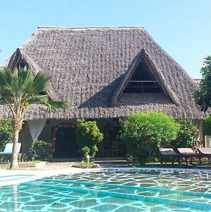 Villa Tsavo With Swimming Pool Close To The Beach photos Exterior
