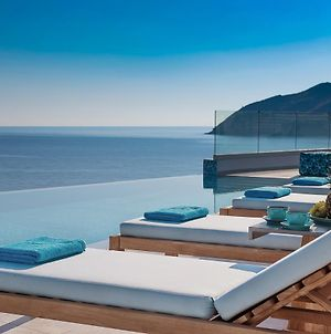 Thalassa Residence, A Luxury Coastal Escape! photos Exterior
