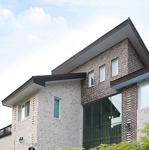 Yangpyeong Forest Pension photos Exterior