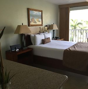 Lahaina Shores Beach Resort photos Exterior