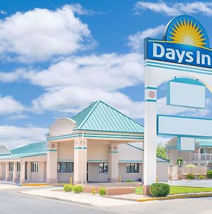 Days Inn By Wyndham Roswell photos Exterior