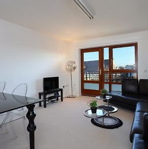 Modern, Stylish 1-Bed In Shadwell photos Exterior