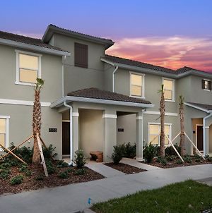 Four Bedrooms W Pool Townhome 4855 photos Exterior