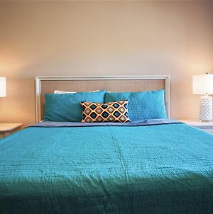 Aco Golden Palms Resort 8 Bedroom Vacation Home With Pool photos Exterior
