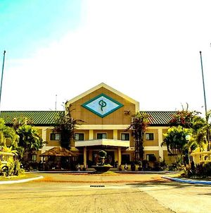 Luisita Central Park Hotel photos Exterior