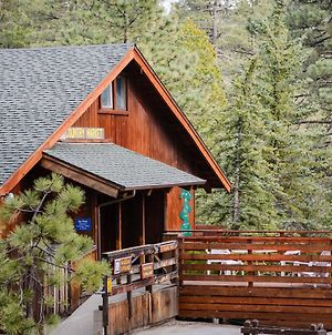 Idyllwild Camping Resort Wheelchair Accessible Cottage photos Exterior