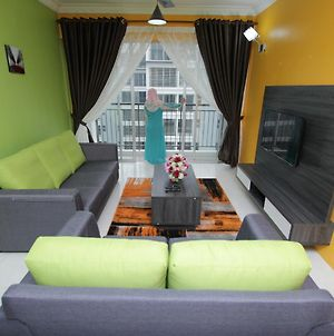 Nabiha Suites 4 Bedroom @ Bangi photos Exterior