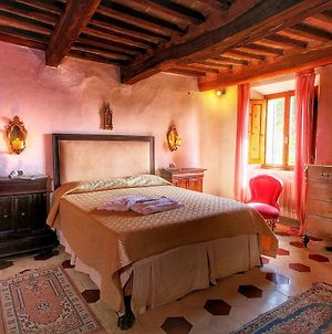 Cozy Farmhouse In Le Tolfe With Swimming Pool Near Florence photos Exterior