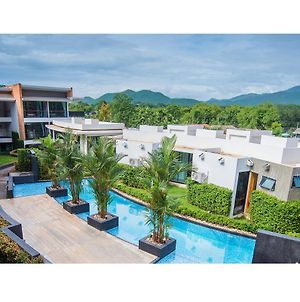 B2 Mae Hong Son Premier Hotel photos Exterior