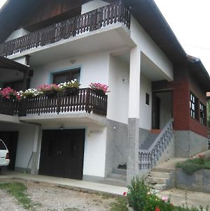 Guest House Husein photos Exterior