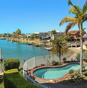Serenity Waters 6 - Pristine Two Bedroom Apartment With Water Views photos Exterior