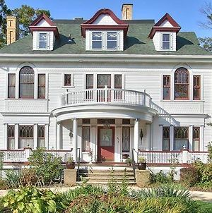 Mathis House, A Victorian Bed & Breakfast And Tea Room At 600 Main photos Exterior