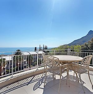 Luxury Camps Bay Villa photos Exterior