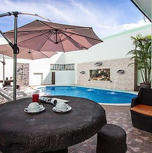 Baan Kiet 3 7 Units 2 Bedroom Jacuzzi Townhomes photos Exterior