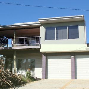 61 Red Rocks Rd, Cowes photos Exterior